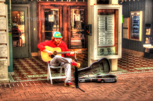 Street Performer 2   05-05-2013